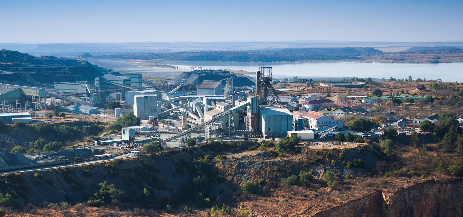 Petra Diamonds First Half Core Earnings Fall 8 Mining Com